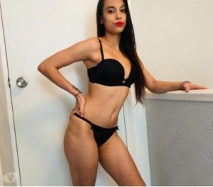 Shahinez escort in Stockstadt a. Main, BY